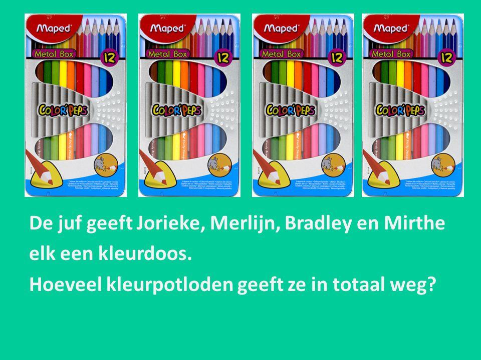 De juf geeft Jorieke, Merlijn, Bradley en Mirthe elk een kleurdoos. Hoeveel kleurpotloden geeft ze in totaal weg?