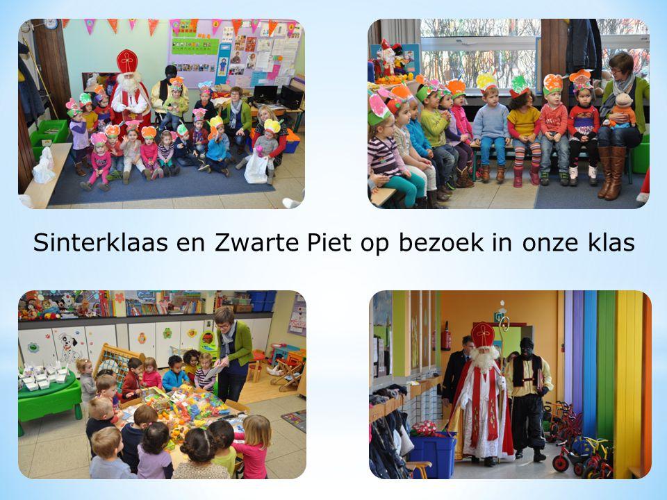 Sinterklaas en Zwarte Piet op bezoek in onze klas