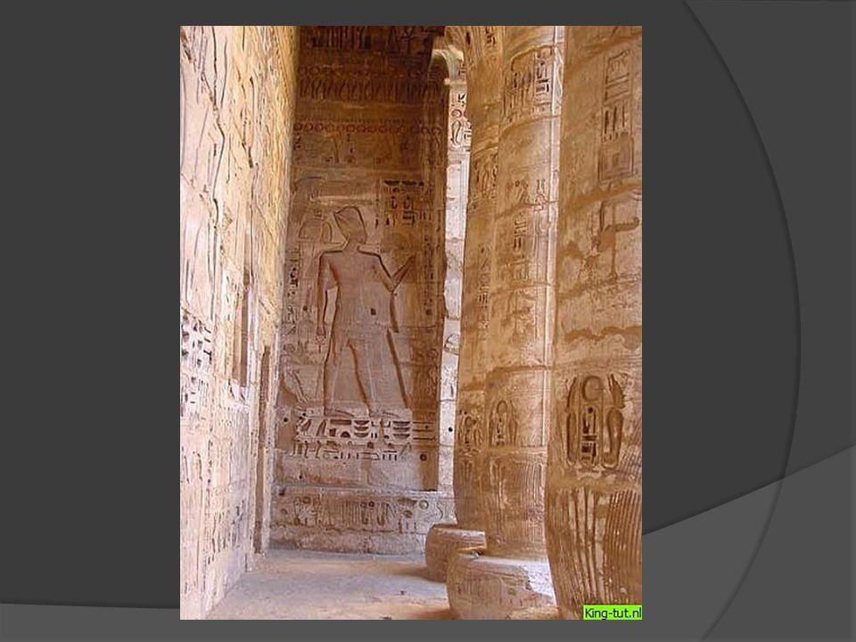 Steen van Rosetta  Napoleon  Grieks/Latijns en Egyptisch  Vertaling