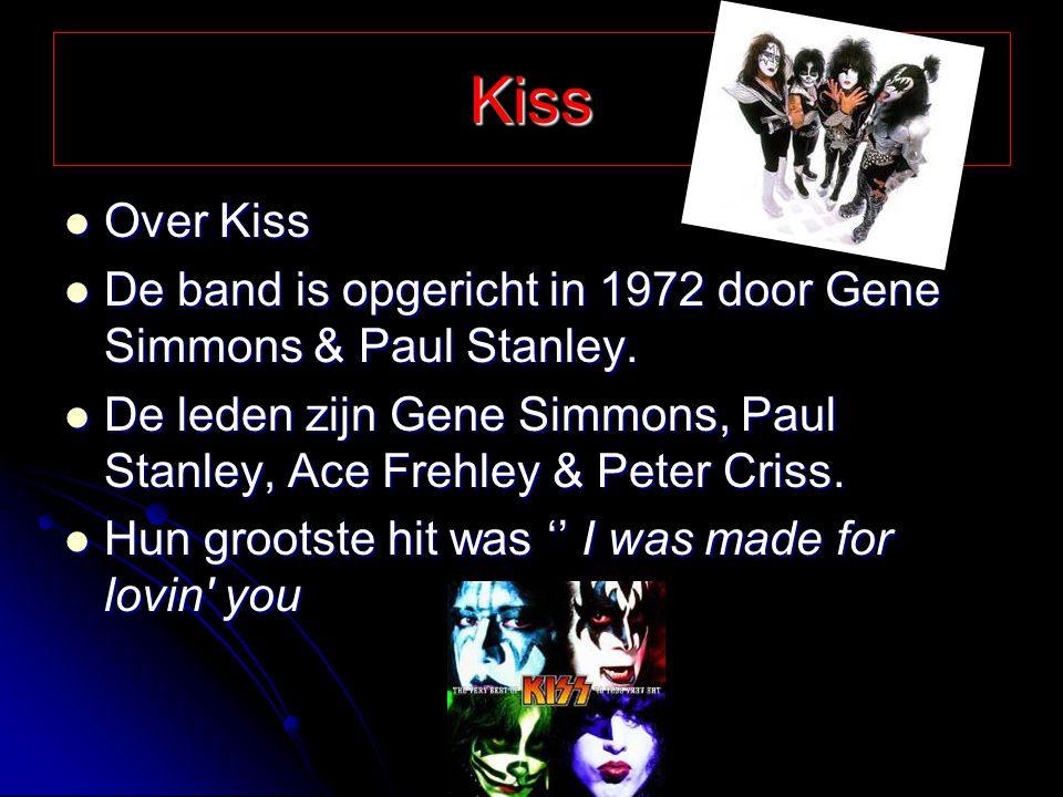 Hardrock bands Er zijn heel veel hardrock bands maar ik noem de bekendste Er zijn heel veel hardrock bands maar ik noem de bekendste Van Halen,Bon Jovi, AC/DC, Kiss, Guns n' Roses, ect.