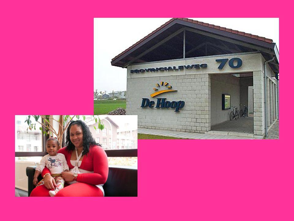 De Hoop helpt Opvangplaatsen Herstel Veiligheid en structuur in liefdevolle omgeving voor moeder én kind Moedercursussen: opvoeden, verzorgen en structuur