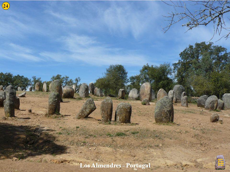 Los Almendres - Portugal 24