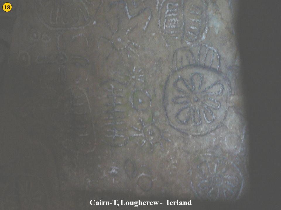 Cairn-T, Loughcrew - Ierland 18