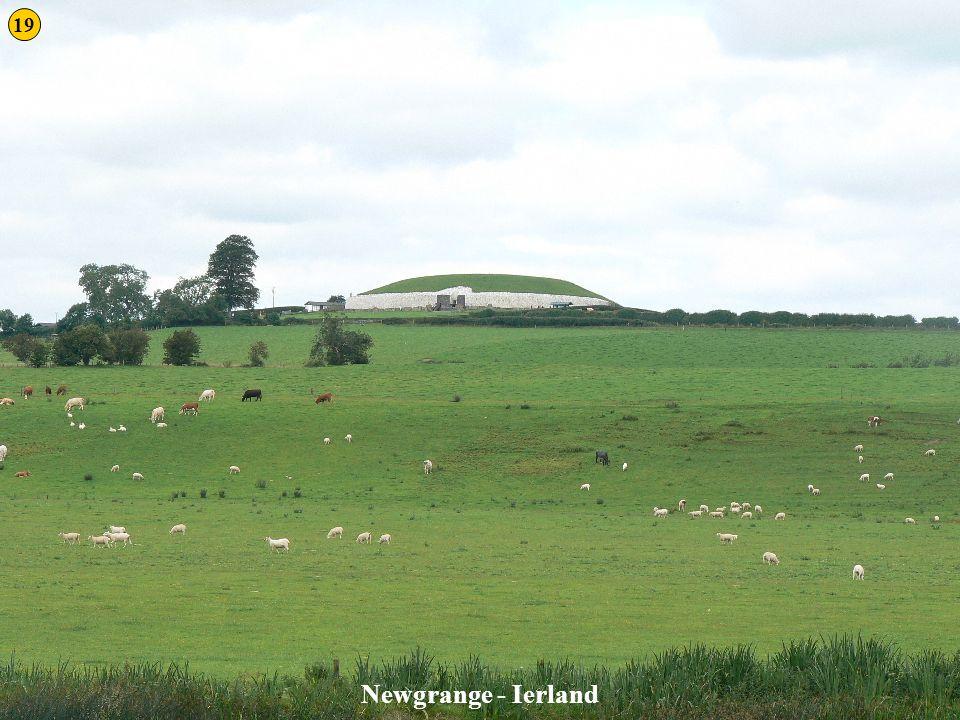 Newgrange 1 Newgrange - Ierland 19
