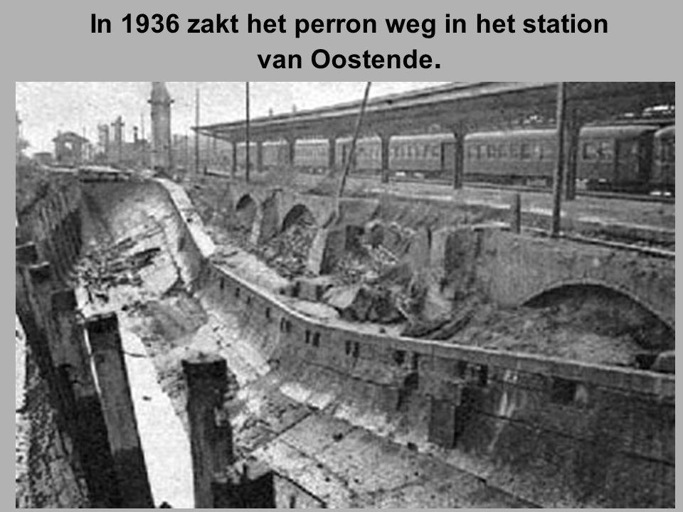 In 1936 zakt het perron weg in het station van Oostende.