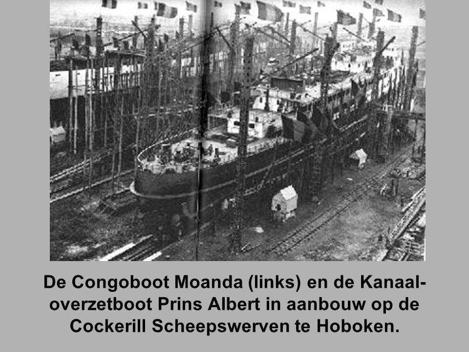 De Congoboot Moanda (links) en de Kanaal- overzetboot Prins Albert in aanbouw op de Cockerill Scheepswerven te Hoboken.