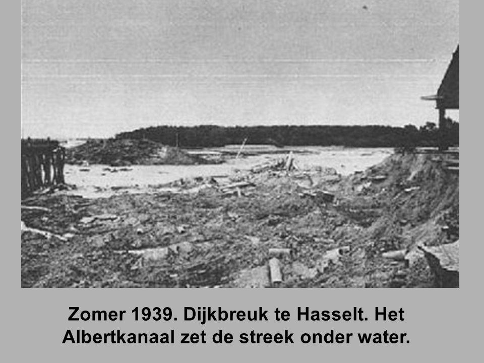 Zomer 1939. Dijkbreuk te Hasselt. Het Albertkanaal zet de streek onder water.