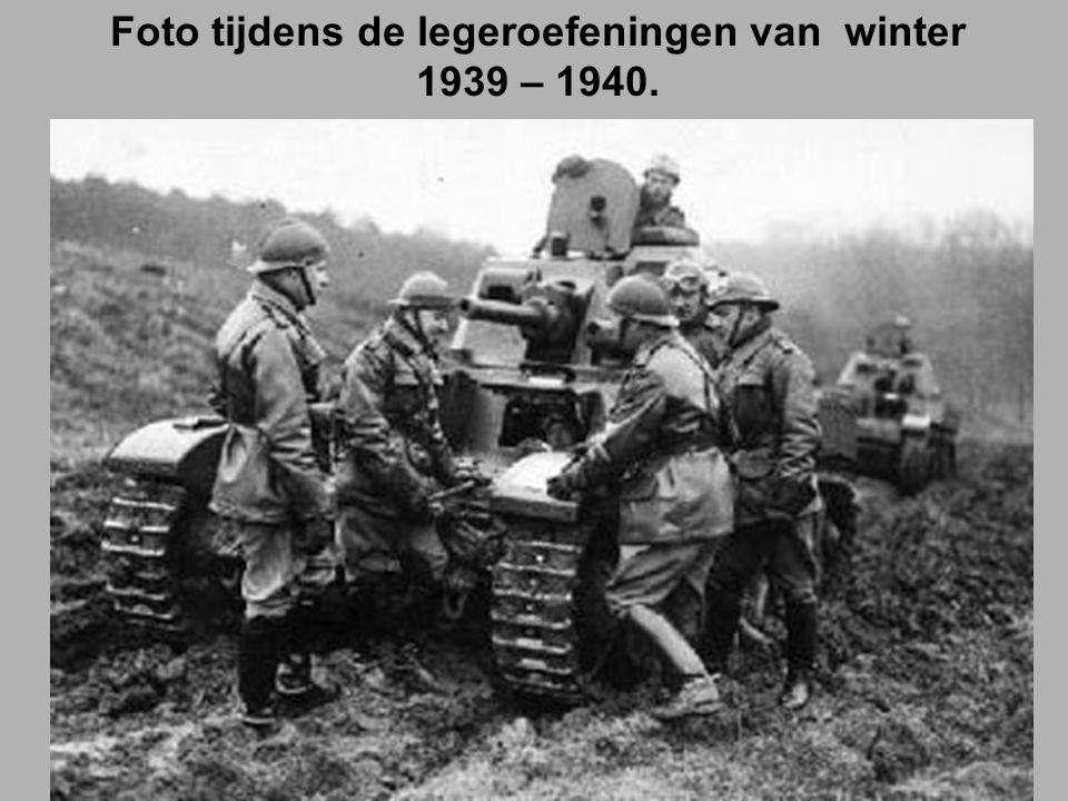 Foto tijdens de legeroefeningen van winter 1939 – 1940.