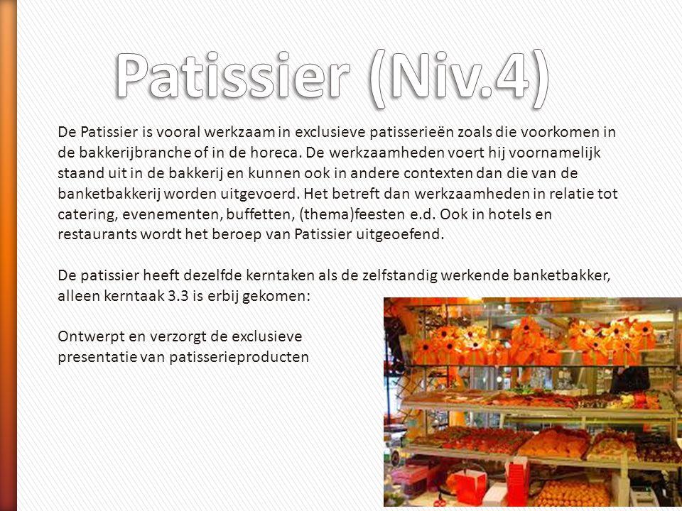 De Patissier is vooral werkzaam in exclusieve patisserieën zoals die voorkomen in de bakkerijbranche of in de horeca. De werkzaamheden voert hij voorn