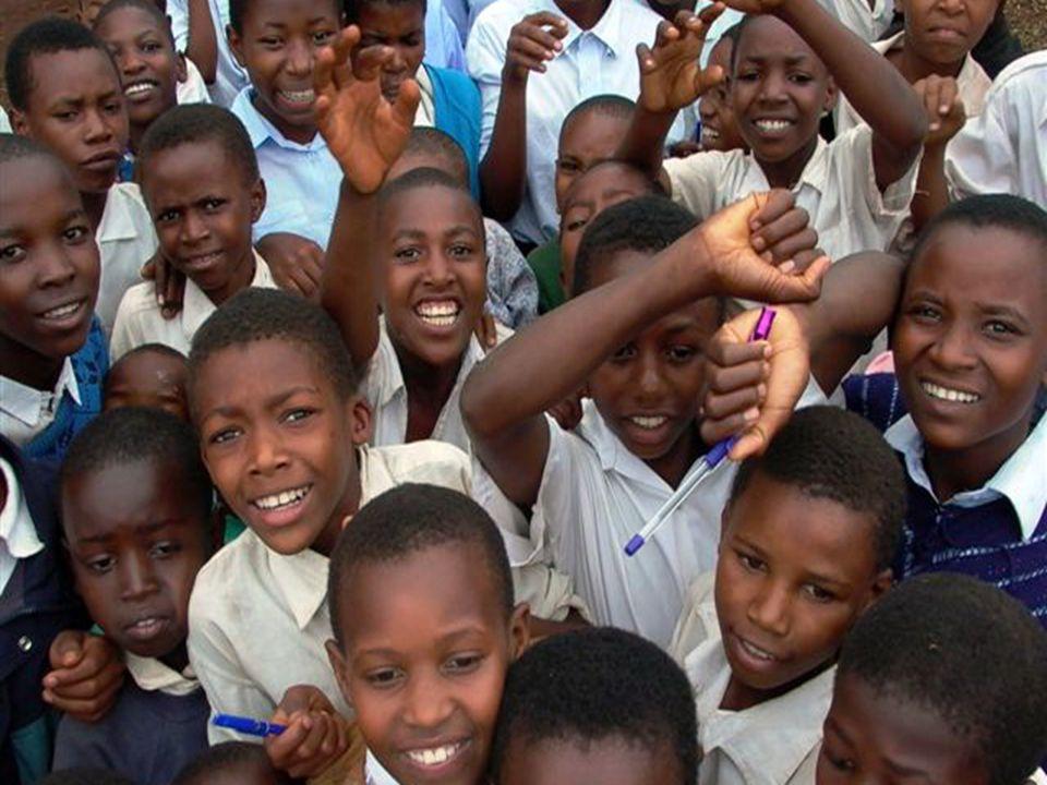 Momenteel in Msandaka: 9 klaslokalen 1 beroepsopleidingsklaslokaal 3 slaapzalen, ieder met 3 toiletten en 3 douches 2 alleen staande toiletblokken 1 keuken 1 adminstratief gebouw (niet af)