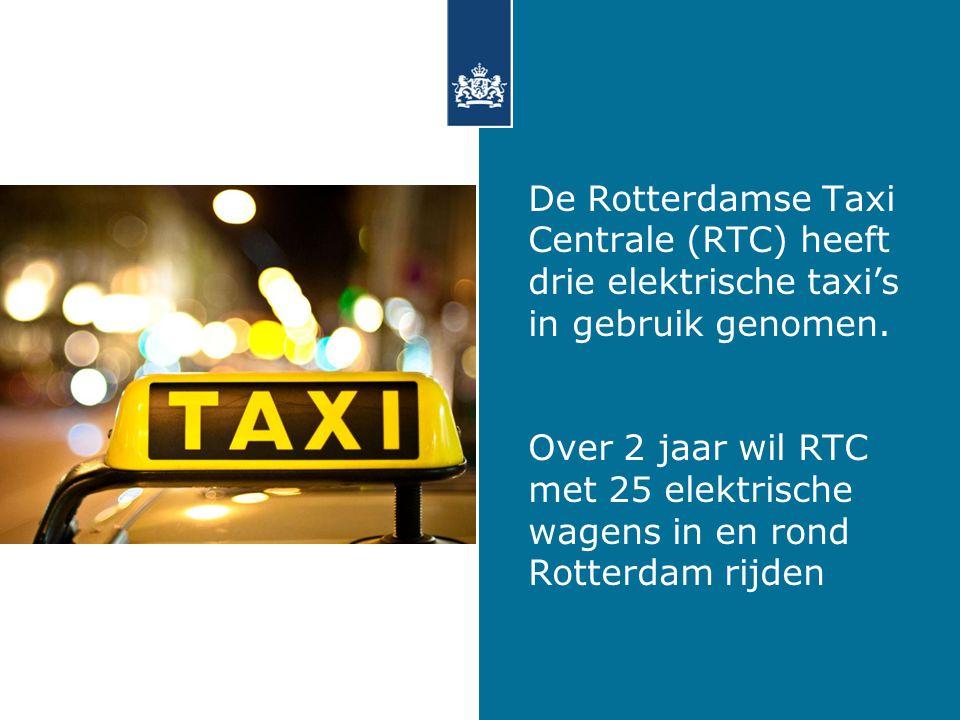 De Rotterdamse Taxi Centrale (RTC) heeft drie elektrische taxi's in gebruik genomen.