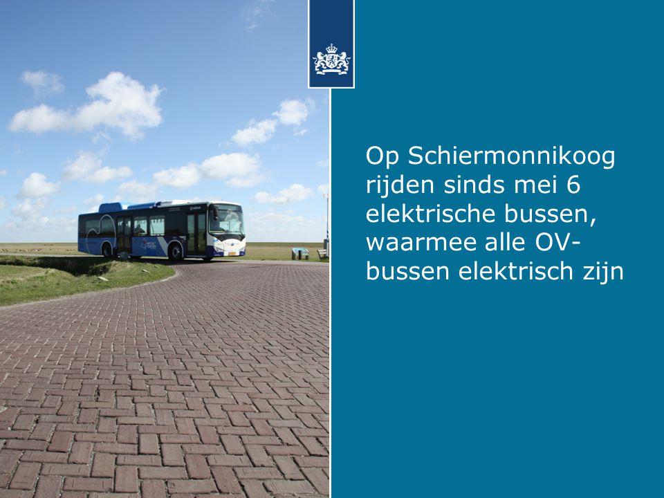 Op Schiermonnikoog rijden sinds mei 6 elektrische bussen, waarmee alle OV- bussen elektrisch zijn