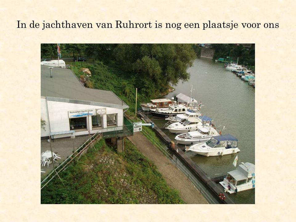 In de jachthaven van Ruhrort is nog een plaatsje voor ons