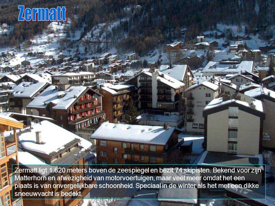 Zermatt is een gemeente in kanton Valais, met ongeveer 5.600 inwoners.