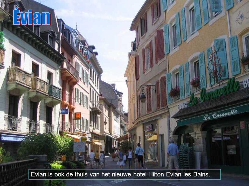 De stad is gekend voor zijn mineraal water Evian dat de ruggegraat vormt van de lokale economie, samen met het casino.