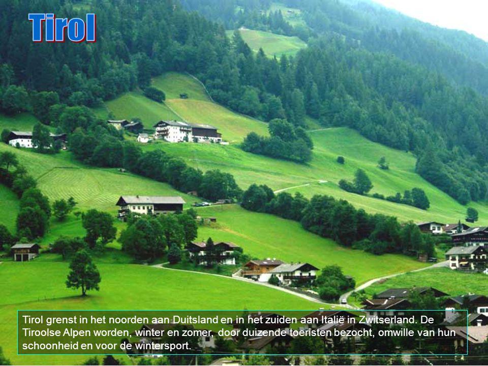 Reutte is een Tiroolse stad niet ver van Füssen in Beieren. Het is het centrum van het alpijnse Lechtal.