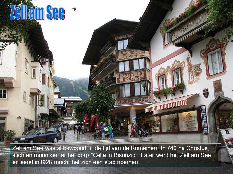 Zell am See ligt in het Salzburgerland. Het is met zijn 10.000 inwoners, na Saalfelden, de grootste stad van Pinzgau.