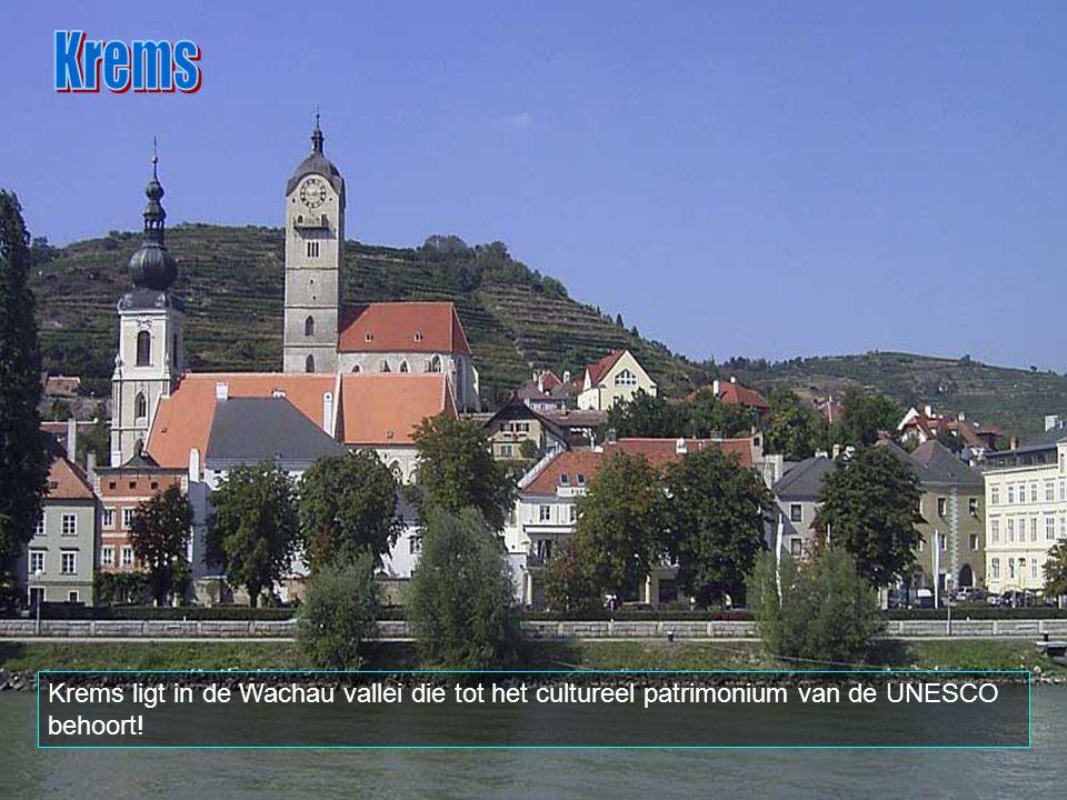 Krems is een stad van 23.932 inwoners, in Oostenrijk, in de federale staat Neder- Oostenrijk. De stad ligt op 75 km ten westen van Wenen. Krems ligt a