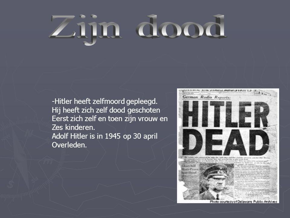 -Toen Hitler in de gevangenis zat heeft Hij zelf een boek geschreven, dat Mein Kampf heet.