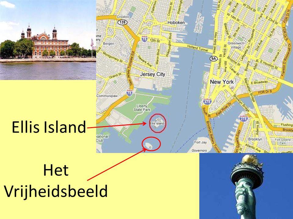 Je kan de water taxi rond het eiland Manhattan nemen… …of de gratis ferry van Battery Park naar het Vrijheidsbeeld en Ellis Island.