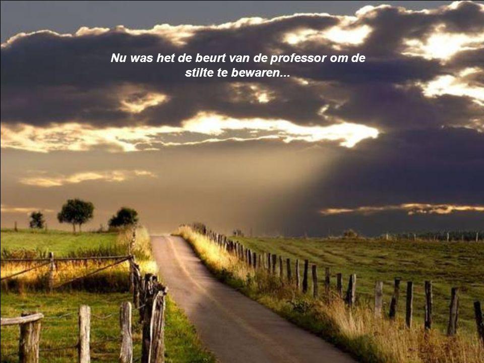 God schiep het kwaad niet. Het kwaad is de afwezigheid van God in de harten van de mensen, het is de afwezigheid van liefde, menselijkheid en geloof.