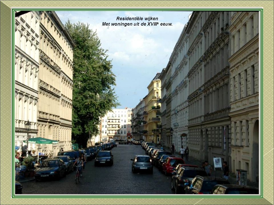 Stadhuis Gebouwd tussen 1861 en 1869. Is de ambtswoning van de Burgemeester-Gouverneur en zetel van de Berlijnse Senaat.