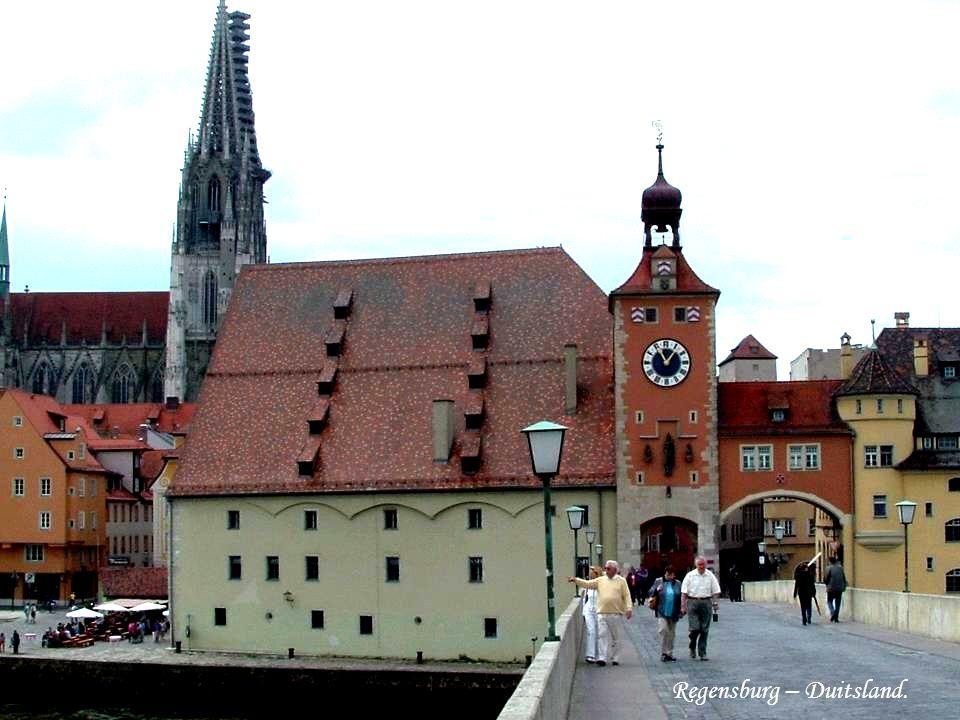 Astronomisch uurwerk op het Rathaus in Ulm.