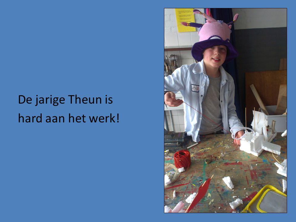 De jarige Theun is hard aan het werk!