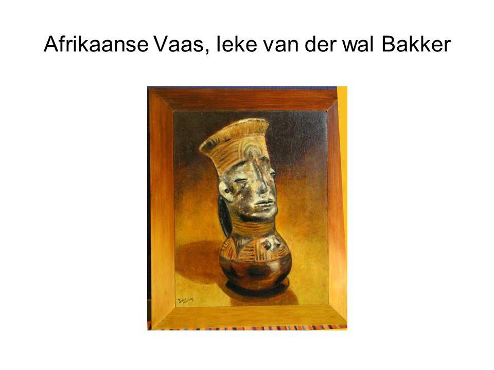 Afrikaanse Vaas, Ieke van der wal Bakker
