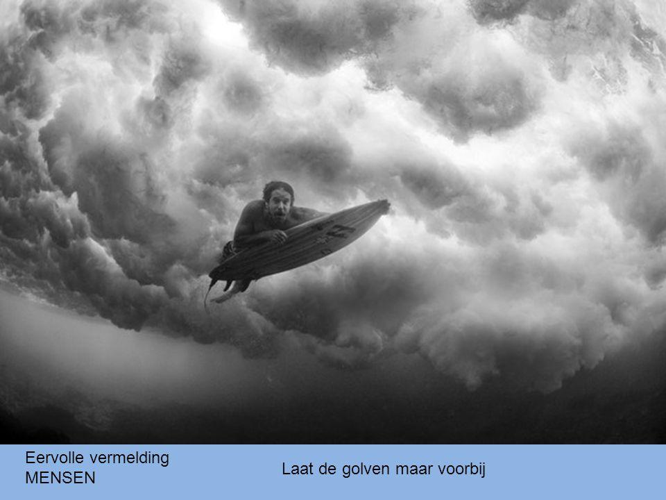 Jonge Zuid-Afrikaan tijdens volwassenenritueel Eervolle vermelding MENSEN