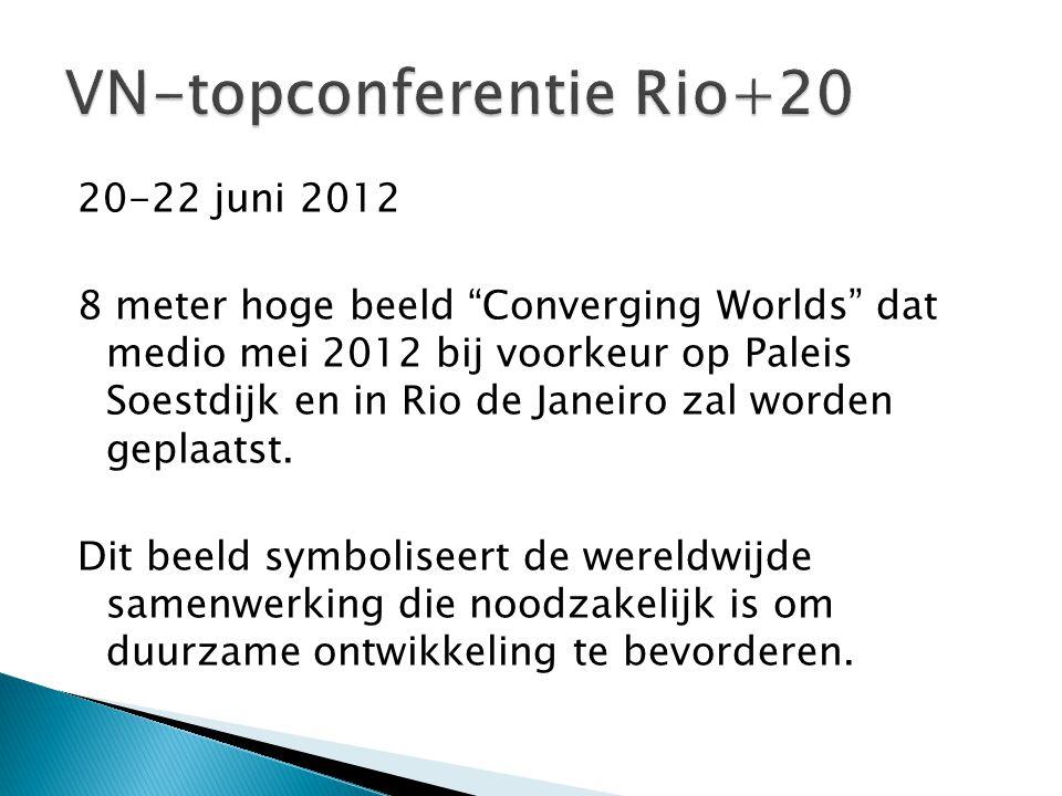 """20-22 juni 2012 8 meter hoge beeld """"Converging Worlds"""" dat medio mei 2012 bij voorkeur op Paleis Soestdijk en in Rio de Janeiro zal worden geplaatst."""