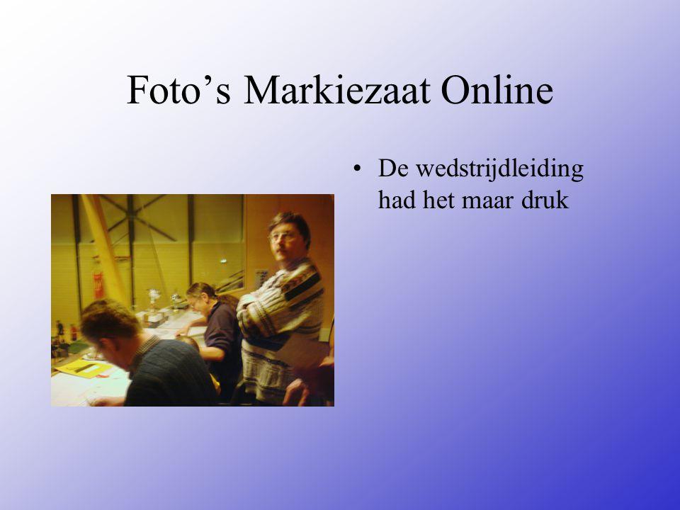 Foto's Markiezaat Online De wedstrijdleiding had het maar druk