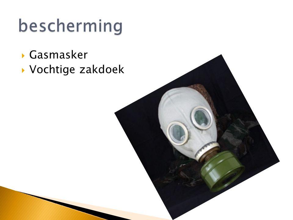  Gasmasker  Vochtige zakdoek