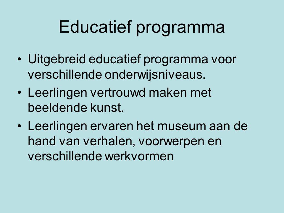 Educatief programma Uitgebreid educatief programma voor verschillende onderwijsniveaus.