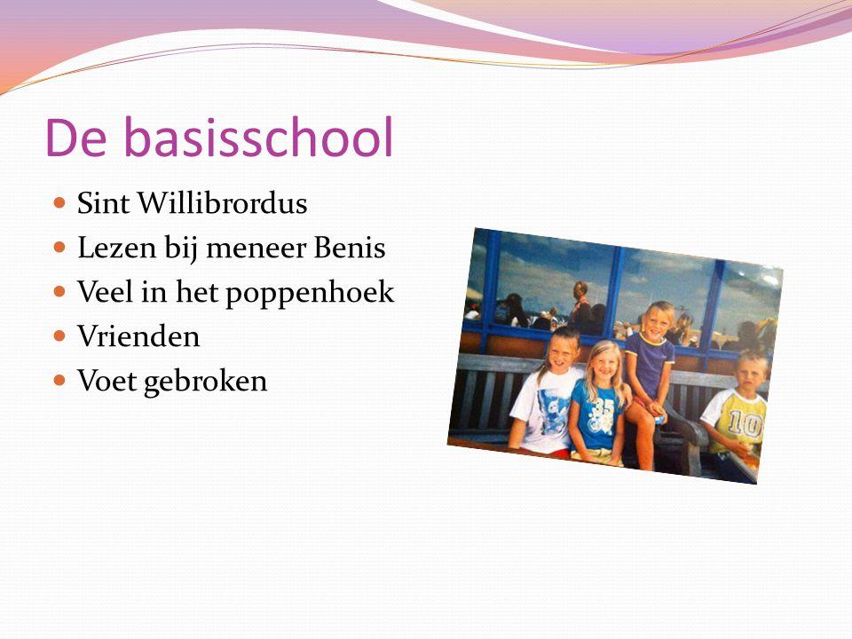 De basisschool Sint Willibrordus Lezen bij meneer Benis Veel in het poppenhoek Vrienden Voet gebroken
