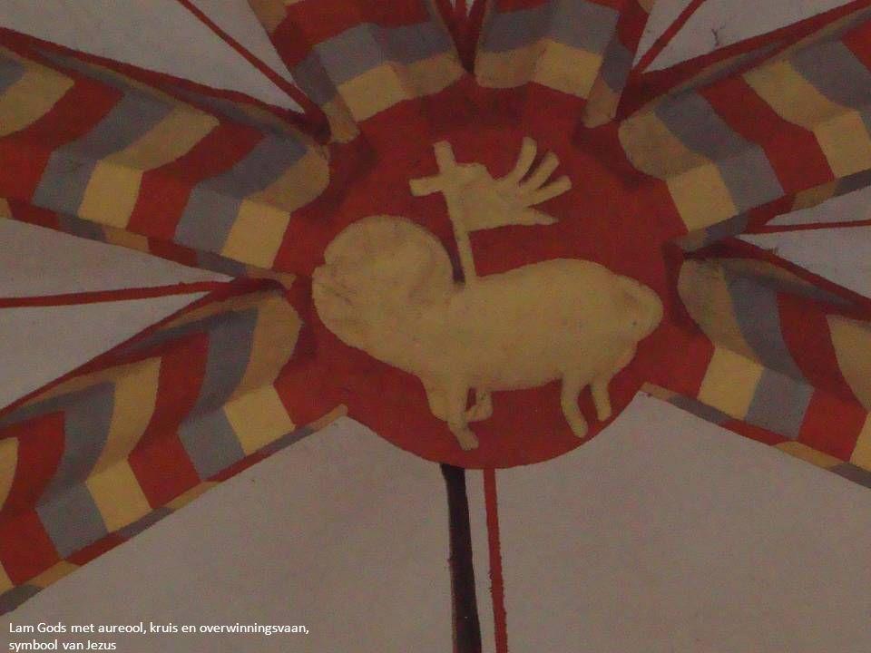  Palm- en Passiezondag  Witte Donderdag  Goede Vrijdag  Stille Zaterdag  Deze laatste drie zijn de drie dagen van Pasen en worden als één doorgaande viering gevierd