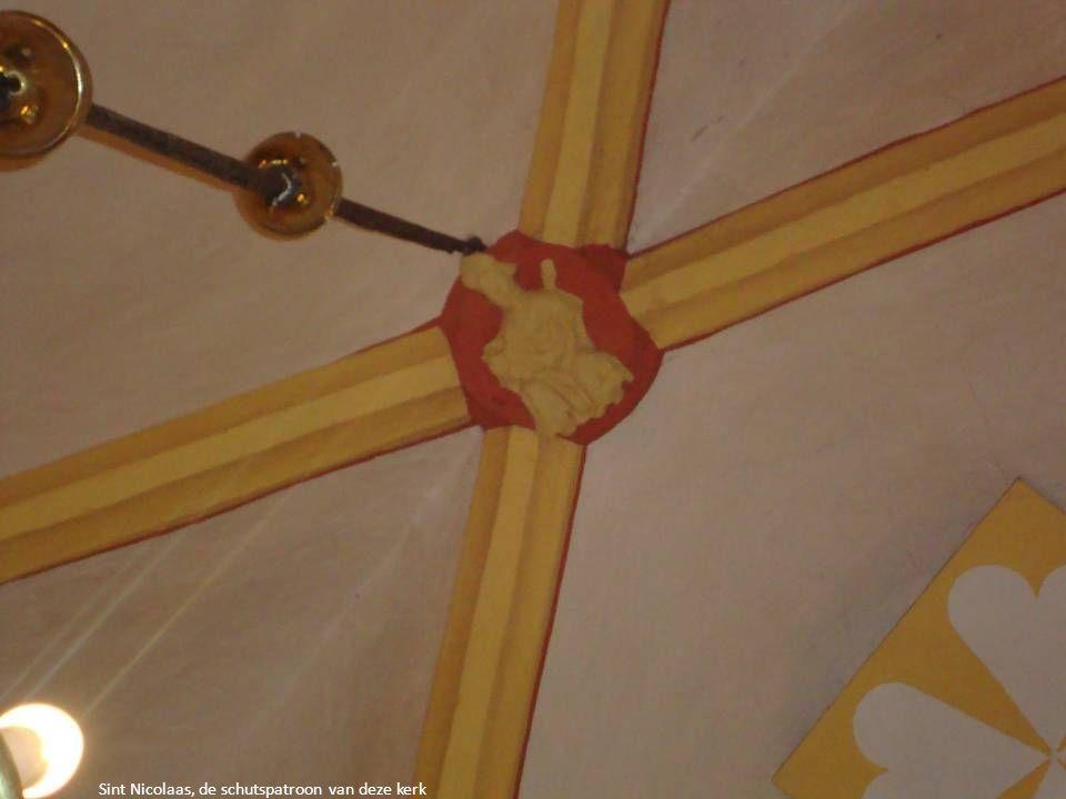 Helm, symbool van de adel.