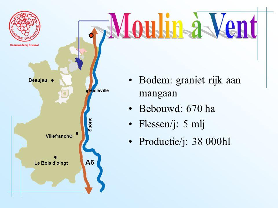 A6 Saône Belleville Le Bois d'oingt Villefranch e Beaujeu Bodem: graniet rijk aan mangaan Bebouwd: 670 ha Flessen/j: 5 mlj Productie/j: 38 000hl