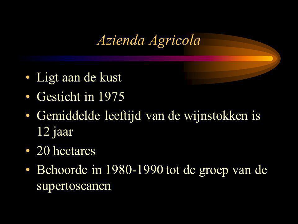 Azienda Agricola Ligt aan de kust Gesticht in 1975 Gemiddelde leeftijd van de wijnstokken is 12 jaar 20 hectares Behoorde in 1980-1990 tot de groep va