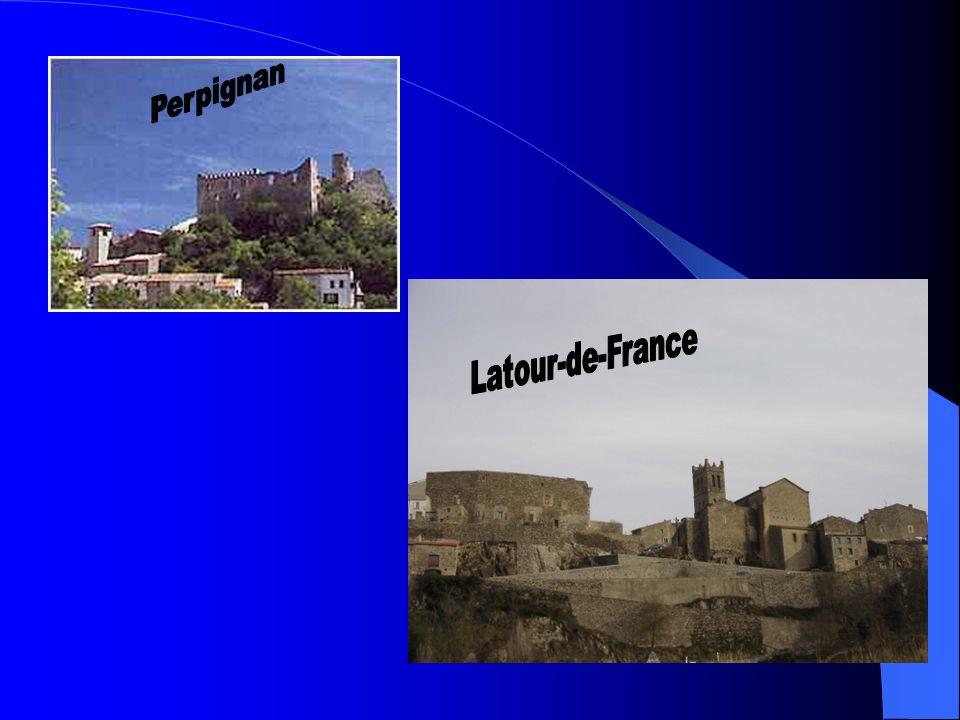 Côtes-de-Roussillon Villages Ten zuiden van Têt 3100 hectares 100 000 hectoliter per jaar 4 dorpen mogen eigen naam bijvoegen: Caramany, Latour-de-France, Lesquerde en Tautavel