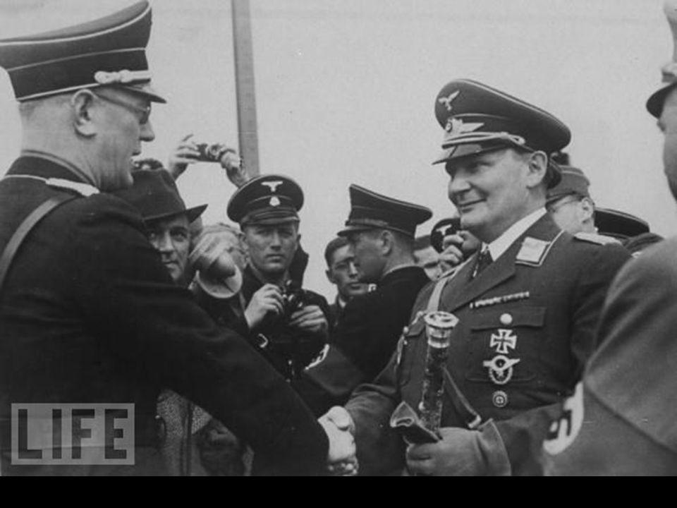Hermann Goering 1943 Hermann GOERING de baas van de LUFTWAFFE in 1943. Na de nationaal-socialistische machtsovername begin 1933 werd Göring in Hitlers