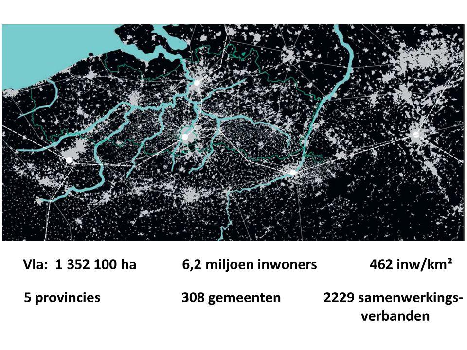 Vla: 1 352 100 ha 6,2 miljoen inwoners 462 inw/km² 5 provincies 308 gemeenten 2229 samenwerkings- verbanden