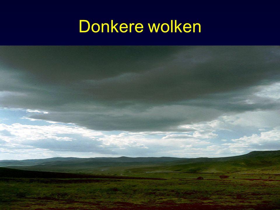 Donkere wolken