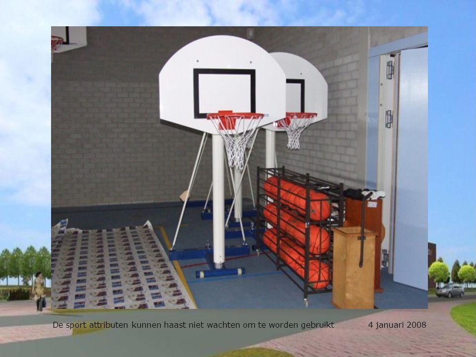 De sport attributen kunnen haast niet wachten om te worden gebruikt 4 januari 2008