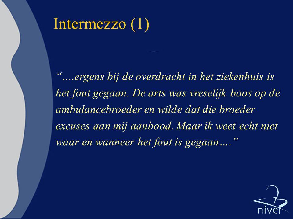 """Intermezzo (1) """"….ergens bij de overdracht in het ziekenhuis is het fout gegaan. De arts was vreselijk boos op de ambulancebroeder en wilde dat die br"""