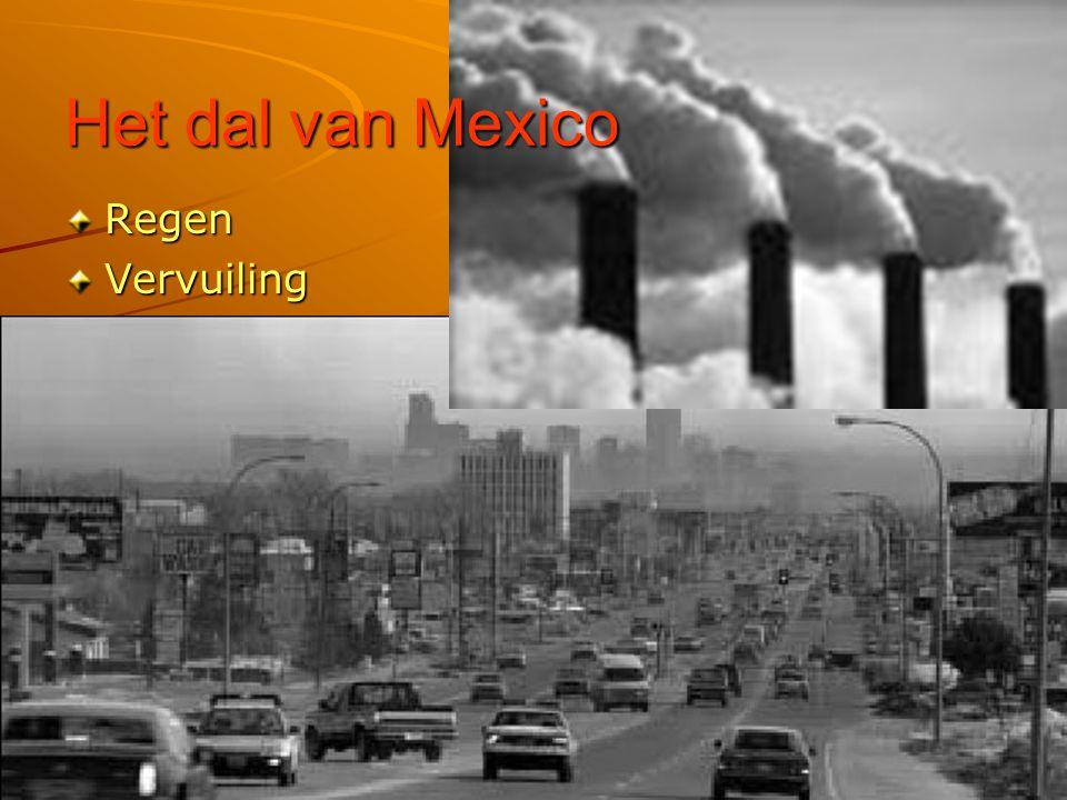 Regen Mexico-stad ligt in een dal Regen kan niet weg Overstromingen.