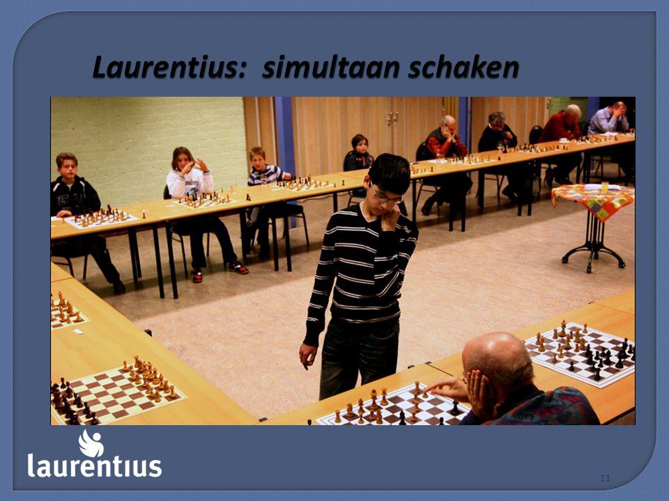 Laurentius: simultaan schaken 11
