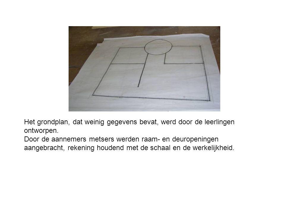 Het grondplan, dat weinig gegevens bevat, werd door de leerlingen ontworpen.