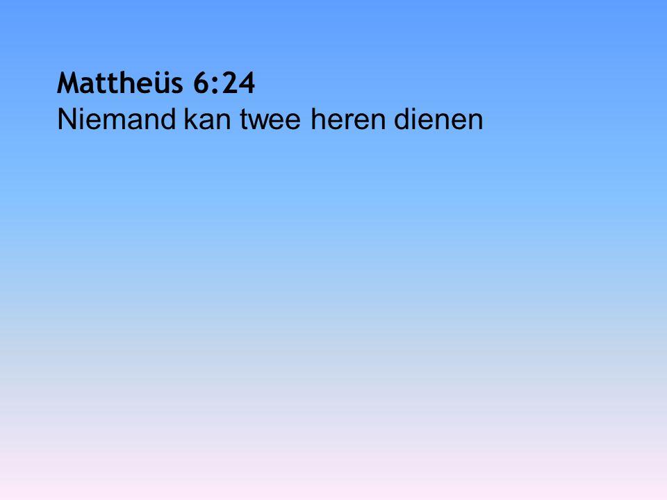 Mattheüs 6:26 Kijk naar de vogels in de lucht: ze zaaien niet en oogsten niet en vullen geen voorraadschuren, het is jullie hemelse Vader die ze voedt.