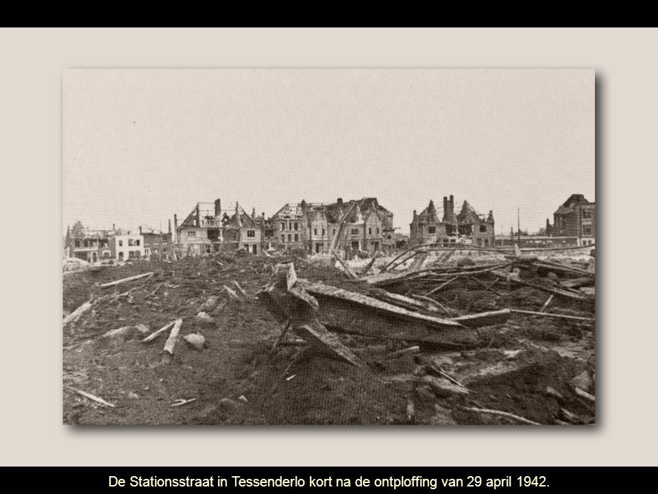 De Stationsstraat in Tessenderlo kort na de ontploffing van 29 april 1942.
